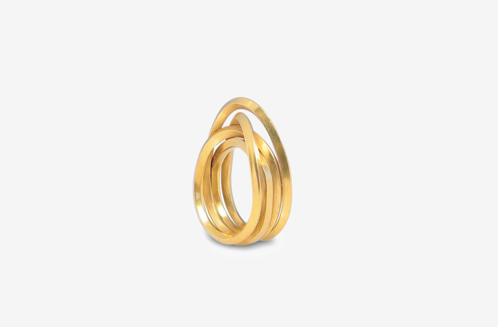 Ring <em>Endless</em>. 900 Gold